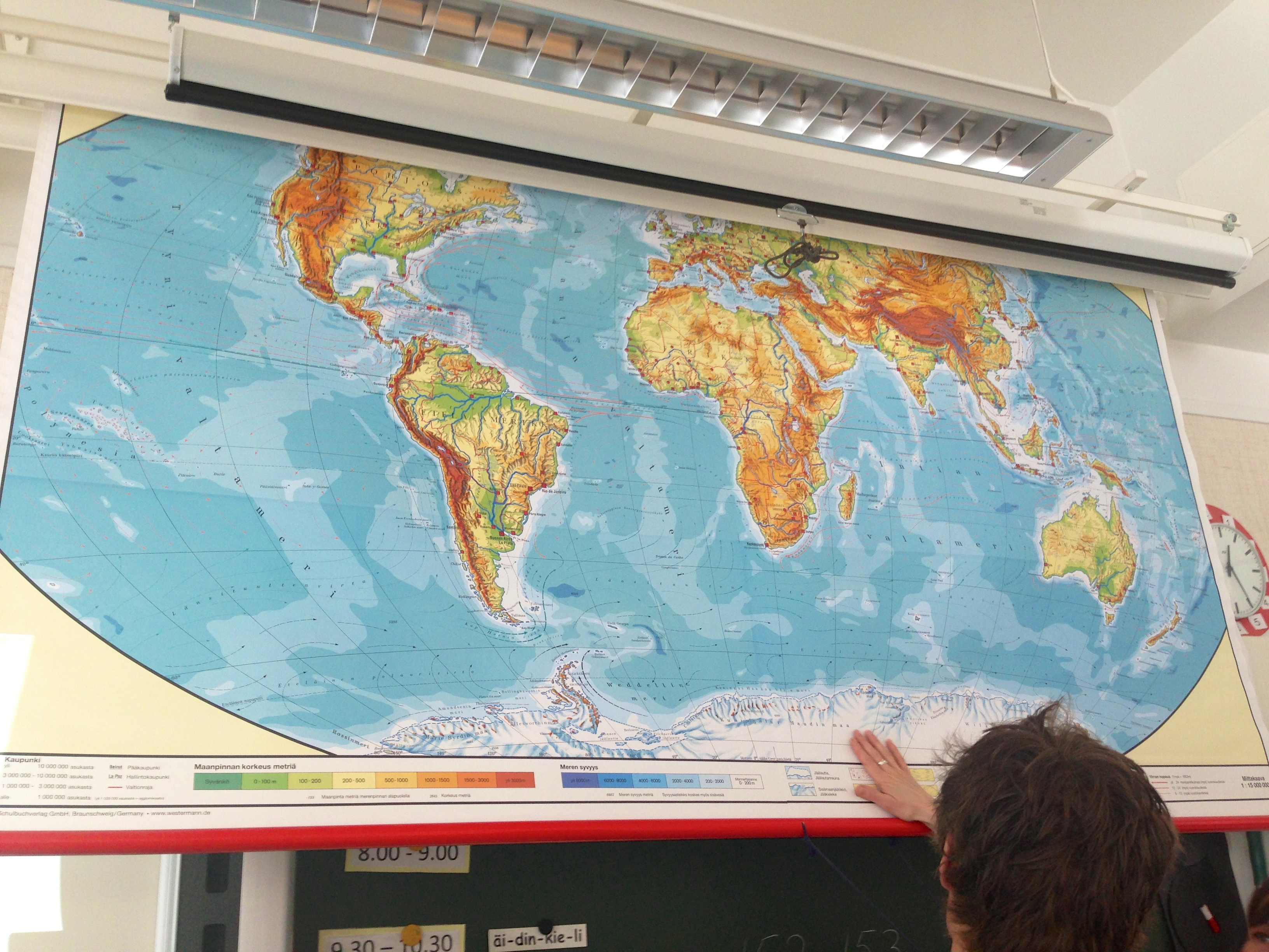 Classroom Pull Down World Map.You Know You Grew Up In The 90 S If You Remember These Things Page